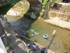 洞泉寺橋下